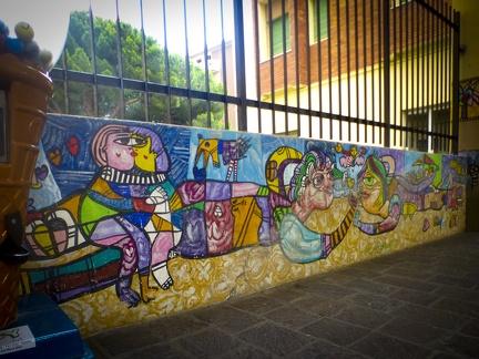 Graffiti Wand in Marina di Andora -- Graffiti Wand in Marina di Andora an der ligurischen Küste im Mittelmeer. Die Gemeinde liegt im Bezirk Savona in Italien.