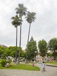Park in Marina di Andora -- Park in Marina di Andora an der ligurischen Küste im Mittelmeer. Die Gemeinde liegt im Bezirk Savona in Italien.