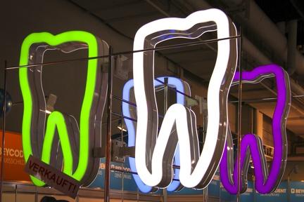 Zahn Leuchtmittel -- IDS 2015 Köln - Zahn Leuchtmittel auf der IDS 2015 Köln