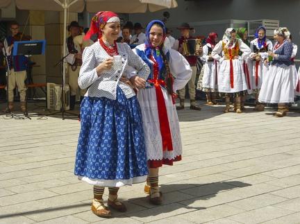 polnischer Tanz beim Landesfest 2015 -- Sigmaringen - polnischer Tanz beim Landesfest 2015 in Sigmaringen (Baden Würtemberg)